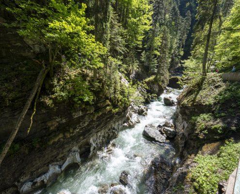 Gebirgsbach bei Tiefenbach